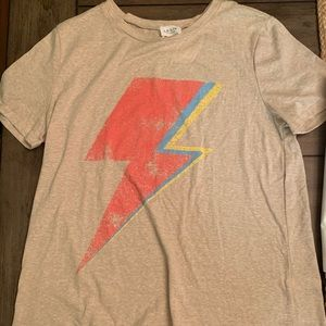 graphic tee size L NWT